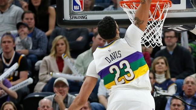 ff48918c7ec6 Randle and Holiday rally Pelicans to 115-112 win over Jazz
