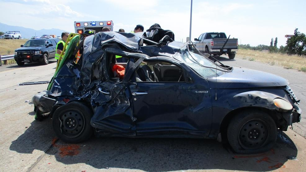 3 Involved In Head On Freeway Crash Suffer Minor Injuries All Were Wearing Seat Belts