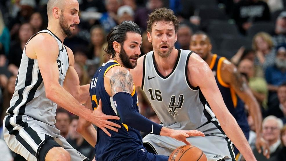 1f8ac654a Rubio s season-high 34 leads Jazz by Spurs